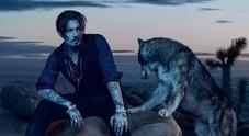 Johnny Depp sexy e selvaggio per Dior confessa: «In realtà sono un timido»