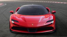 Ferrari svela SF90 Stradale, prima supercar ibrida plug-in della casa di Maranello