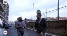 Il cronista Rai: «Facevo domande, mi ha pestato»