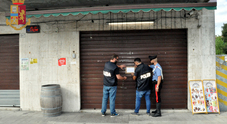Covo di pregiudicati: chiuso di 7 giorni il bar senza insegna di via Beccaria