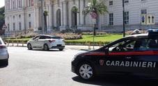 Via Napoli: minacce e insulti, parcheggiatore abusivo arrestato e condannato a 9 mesi
