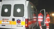 Auto si ribalta dopo lo schianto,due ragazze finiscono all'ospedale