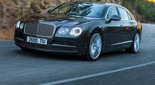 Bentley separa berlina e coupé, arriva la Flying Spur