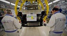 Fca, firmato rinnovo contratto per 87mila lavoratori. Aumento medio di 144 euro. Gorlier: «Poste condizioni per sfide future»