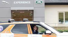 William e Kate in visita allo stabilimento Jaguar Land Rover. I duchi di Cambridge interessati a off road e modelli futuri