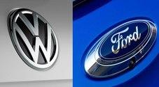 Decolla l'alleanza Ford-Volkswagen. L'accordo sui commerciali dovrebbe allargarsi ad auto elettrica e guida autonoma