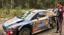 In Australia Hyundai show: Mikkelsen sbatte, Neuville prende il comando