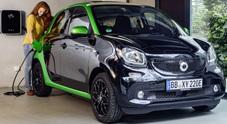 Smart Forfour Electric Drive, a Bologna l'esordio italiano. Al Motor Show anche le Brabus