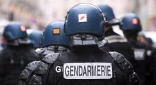 Francia uomo armato prende ostaggi in un supermercato: «Sono dell'Isis»