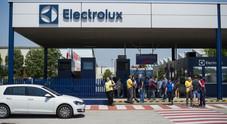 Riorganizzazione Electrolux: chiesto l'aumento della produzione di frigo