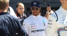 F1, Hamilton rinnova con la Mercedes fino al 2020. Pilota britannico con le frecce d'argento dal 2013