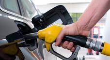 Vola il prezzo della benzina, la verde torna oltre 1,6 euro