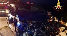 Ponte San Nicolo'. Auto fuori strada: giovane ferito gravemente e incastrato fra le lamiere