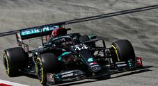 Hamilton torna a dettare legge nel 2° turno libero di Barcellona, sorprende Grosjean quinto con la 'Ferrarina'
