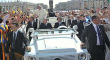 Da Papa Francesco alla cancelliera Merkel: la calda estate della Mercedes Classe G Fotogallery