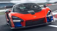 McLaren Senna, test in pista con il missile di Woking: «Ayrton ne sarebbe orgoglioso»