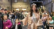 Festeggiamenti da star per il ritorno nelle Marche di Carlotta Miss Italia