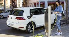 Volkswagen, riflettori puntati sui modelli elettrici al Temporary Store di Roma in occasione dell'E-Prix