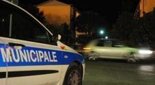 Scontro tra auto nella notte sulla Montelabbatese Due feriti all'ospedale