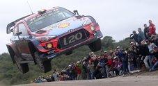 Hyundai di Neuville balza al comando del Rally Argentina. Ogier (Citroen) e Tanak (Toyota) inseguono