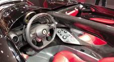 Ferrari mette sotto i riflettori del salone di Parigi le sue mitiche barchette SP1 e SP2