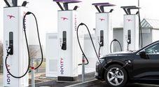 """Aumenta il """"pieno"""" per le elettriche. Ionity elimina forfait per EV a 8 euro, si paga 0,79 euro/kw"""