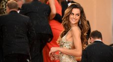 Cannes, le super top e il vedo non vedo: pioggia di flash per Izabel e Adriana Lima