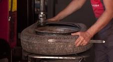 Traffici illegali di pneumatici, arriva in Italia il primo portale per combattere il fenomeno