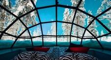 Un igloo tutto di vetro in Lapponia per godersi il paese di Babbo Natale