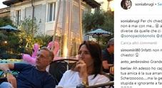 Paolo Bonolis e Sonia: «Non è mai con me? Le cose sono diverse da quanto pare...»