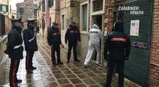 l'intervento dei carabinieri  nella casa di Dorsoduro a Venezia