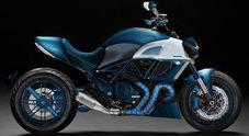 Lapo mette nel mirino una Ducati Diavel, la cruiser del marchio bolognese rivisitata da Garage Italia Custom