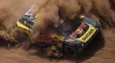 Loeb (Peugeot) e Sunderland (Ktm) dominano la 5^ tappa. Al-Attiyah (Toyota) sempre leader