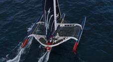 Soldini e John Elkann volano su Maserati Multi70 ma la barca perde un timone