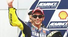 A Sepang Marquez in pole position, Valentino secondo per un soffio