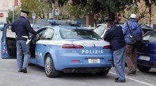 Automobilista distratto Fermato e multato dai poliziotti