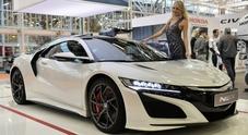 Honda espone al Motor Show tutta la sua potenza costruttrice: dalla NSX, alle moto fino ai motori marini