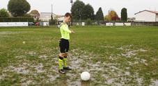 Un campo di calcio impraticabile