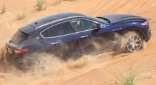 Deserto di Levante. Al volante del Suv Maserati fra le dune di sabbia di Dubai: il gioiello sorprende per l'inarrestabilità