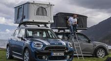 """Una """"casa"""" sul tetto della Mini Countryman e i viaggi diventano ancora più avventurosi"""