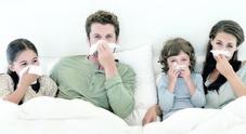 Similinfluenza, 120mila italiani a letto: «Colpa degli sbalzi di temperatura»