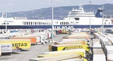 """Bionde"" per 3 milioni di euro: sei tonnellate di sigarette sequestrate"
