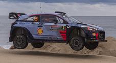 "WRC, in Australia Mikkelsen ""rompe"" ma resta in gara, Neuville (Hyundai) nuovo leader"