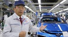 """Uchiyamada, l'inventore dell'ibrido Toyota """"rimanda"""" l'auto elettrica: «Noi ci stiamo lavorando, ma non è ancora il momento»"""