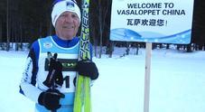 Corrado Ampezzan l'80enne cortinese che in Cina ha partecipato alla massacrante gara della Vasaloppet