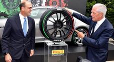 Pirelli, pneumatici tricolore per le auto di rappresentanza delle Ambasciate italiane