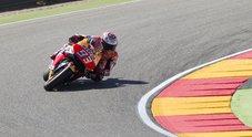 Gp di Aragon, Marquez ancora leader nelle libere, Rossi settimo, brutta caduta per Lorenzo