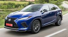 Lexus RX si rifa il trucco. Il Suv premium cresce anche nei contenuti tecnologici