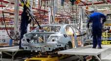 Coronavirus, anche Daimler sospende gran parte della produzione in UE