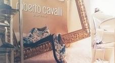 Roberto Cavalli sceglie Montelpare: dalla Marche le scarpe per i bimbi